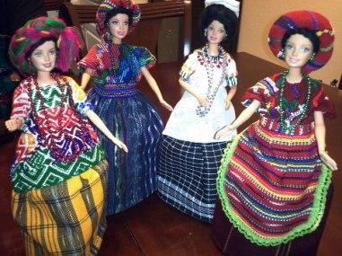 Barbies De Guatemala. San Marcos Chichi Castenongo NebajCoban por Sergio Alexander - Las Barbies con trajes indígenas de Guatemala