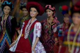 barbie 02 - Las Barbies con trajes indígenas de Guatemala