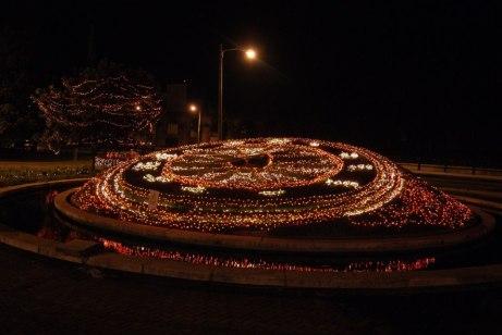 El Reloj de Flores iluminado - foto por Mariella Buenafina