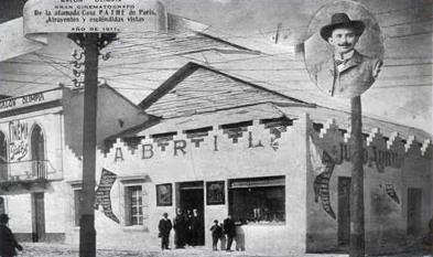 El primer Teatro Abril 1912 foto por guatepalabras.blogspot.com  - El Origen de El Teatro Abril de Guatemala