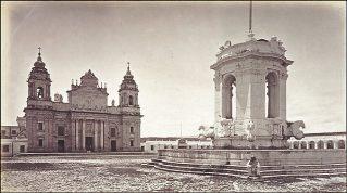 Plaza Central de la Capital de Guatemala en 1875 foto de Juan Arturo Pérez - Galería – Fotos de Guatemala de Antaño