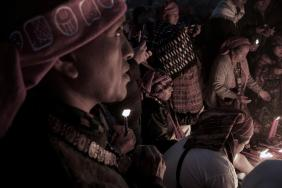 Baktun 13, acto de celebración del cambio del Baktún en Kaminal Juyu - foto blanco y negro por Pablo Estrada
