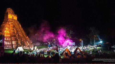 Baktun 13 celebración de la nueva era el nuevo ciclo del 14 Baktun en Tikal foto por Maynor Marino Mijangos - Cosmovisión Maya
