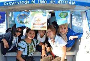 Proyecto Lancha Azul – Una Iniciativa para la Preservación del Lago de Atitlán