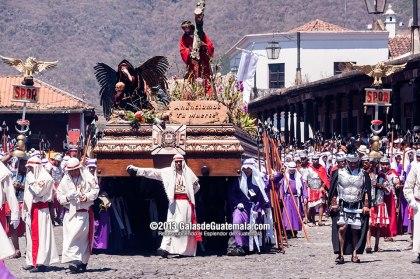 Procesión de Jesús Nazareno de La Merced Antigua Guatemala Viernes Santo foto por Maynor Marino Mijangos - Galeria - Fotos de La Cuaresma y Semana Santa en Guatemala
