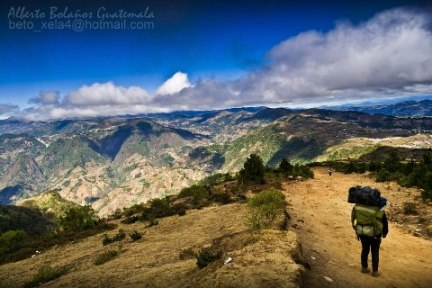 Descendiendo del Volcan Tajumulco San Marcos Beto Bolaños - Galería - Fotos de Guatemala por Alberto Bolaños