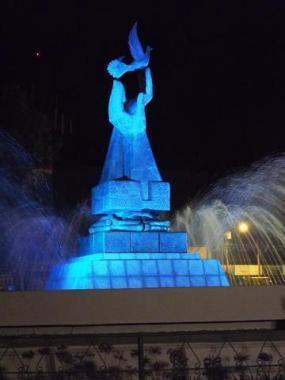 Monumento a la Paz Rod Ortiz - Galería - Fotos de Monumentos, Estatuas y Esculturas en Guatemala