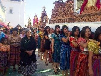 Procesion de Sabado Santo, en Quiche - foto por Osorious Oso