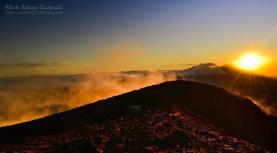 Vista desde el volcan Atitlán Sololá foto por Beto Bolaños - Galería - Fotos de Guatemala por Alberto Bolaños