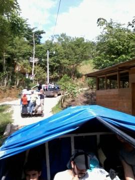 Caravana de amigos que visitan Semuc Champey - Guía Turística - Semúc Champey, Alta Verapaz