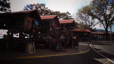 121 - Guía Turística - Reserva Natural y Mariposario en Panajachel