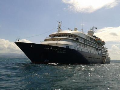 Crucero que visita Livingston Izabal foto por Happy FishTravel - Guía Turística - Livingston, Izabal y el Caribe Guatemalteco