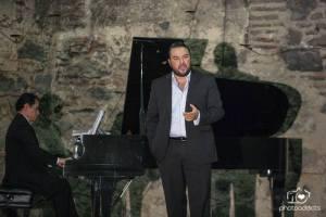 Mario Chang, tenor
