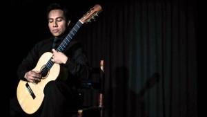 Luis Juárez Quixtán 300x169 - Luis Juárez Quixtán – guitarrista, compositor y arreglista
