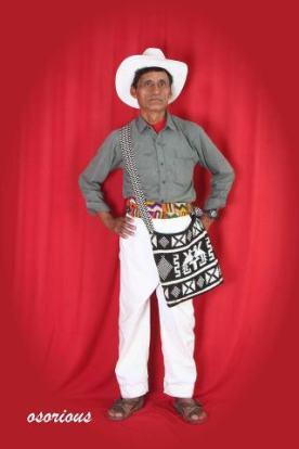 Traje tipico en Guatemala traje foto por Osorious Oso1 - Los coloridos trajes indígenas de Guatemala
