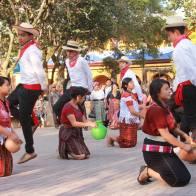 Nuestros bailes y danzas en el Parque de la Concha Acústica Santa Cruz del Quiché - foto por Osorious Oso