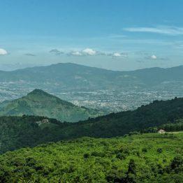 4 Municipios en 1 foto, - Amatitlan (izquierda), San Miguel Petapa (al centro), Villa Nueva (al fondo), Villa Canales (a la derecha) - foto por Marcelo Jimenez