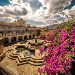 Fuente de Iglesia La Merced, La Antigua Guatemala - foto por Marcelo Jimenez