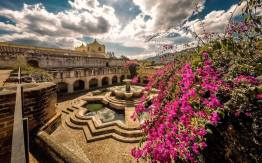 Fuente de Iglesia La Merced La Antigua Guatemala foto por Marcelo Jimenez - Galeria de Fotos de Guatemala por Marcelo Jiménez