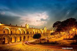 Palacio de la Capitanes Antigua Guatemala foto por Edgar Monzon - Galeria de Fotos de Guatemala por Edgar Monzón