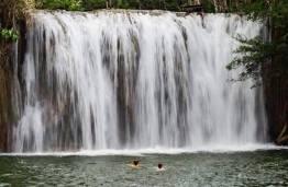 cataratas en calzada mopan en dolores peten foto por rony rodriguez de petenguatemala - Galeria de Fotos de Guatemala por Rony Rodriguez