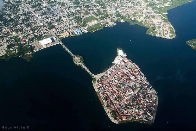 isla de flores peten 3 foto por hugo altan 768x513 - 10 Lugares que conocer en Petén