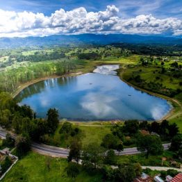 Laguna de Lemoa, Quiché - foto por Carlos Lopez Ayedi