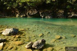 Las aguas cristalinas del río Chixoy en Chicaman, El Quiché - foto por Billy Muñoz de Acuarela Chapina