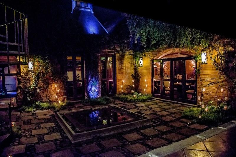 RestaurantTerrace 1 1a441a - 10 hoteles en Guatemala que debes conocer en 2016