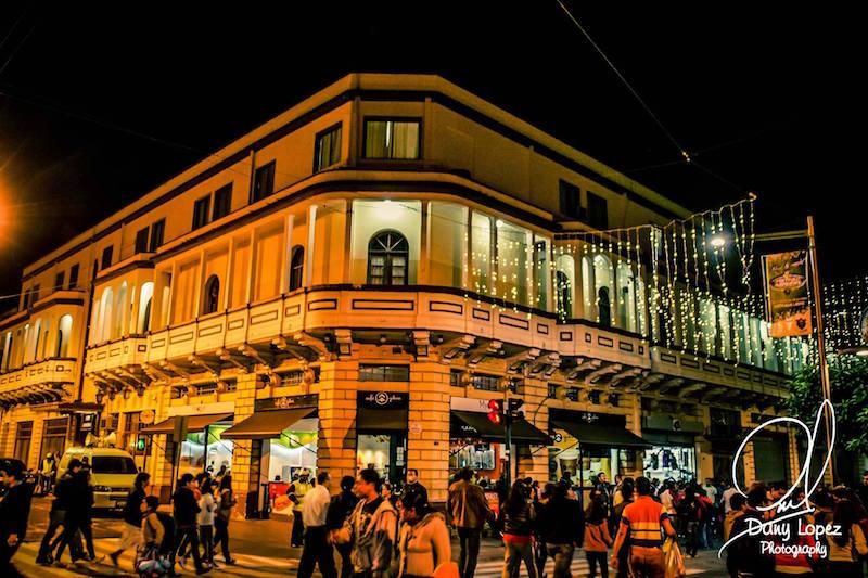 sexta avenida foto por dany lopez - 5 lugares para visitar en la ciudad de Guatemala
