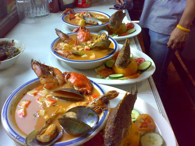 comida Tapado foto por Cevicheria y Restaurante Bocabarra - 19 platos que debes probar en Guatemala