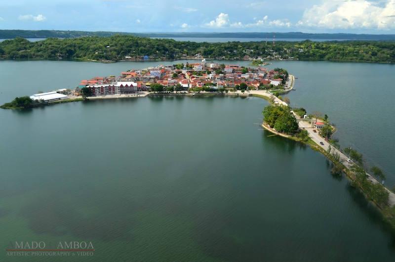 isla de flores peten 2 foto por amado gamboa photography - 5 lugares imperdibles en Guatemala