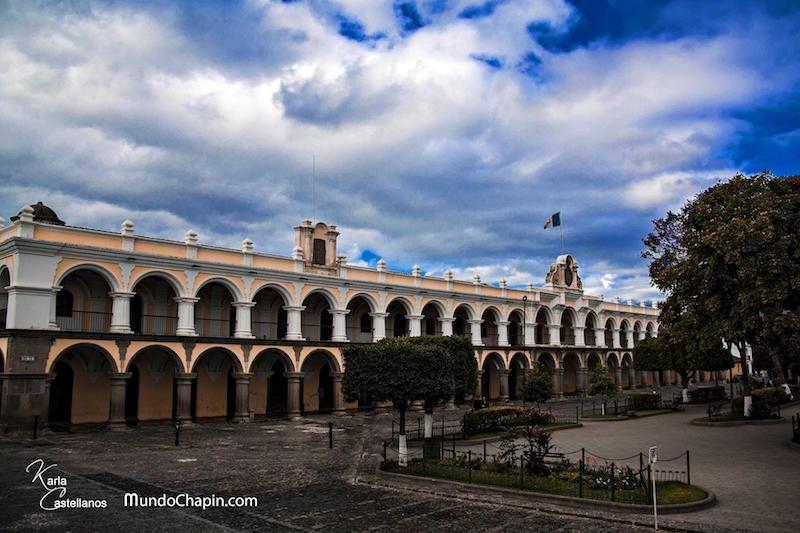 palacio de los capitanes la antigua guatemala foto por karla castellanos de giron - El Centro Cultural del Real Palacio