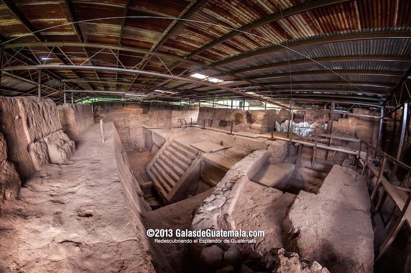 la acropolis de kaminaljuyu foto por maynor marino mijangos - 8 sitios arqueológicos mayas para visitar en Guatemala