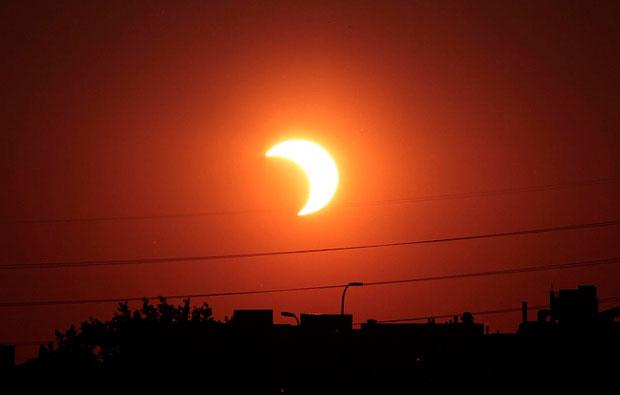 2022695 - Eclipse parcial de sol se verá en Guatemala en 2017