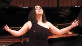 adriana gonzlez1 885x500 - Adriana González Gana Premios en el Concurso Francisco Viñas