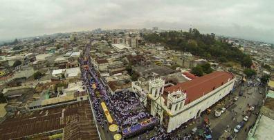 Salida de Cristo Rey Candelaria, ciudad de Guatemala - 2 foto por SkyCamGuatemala