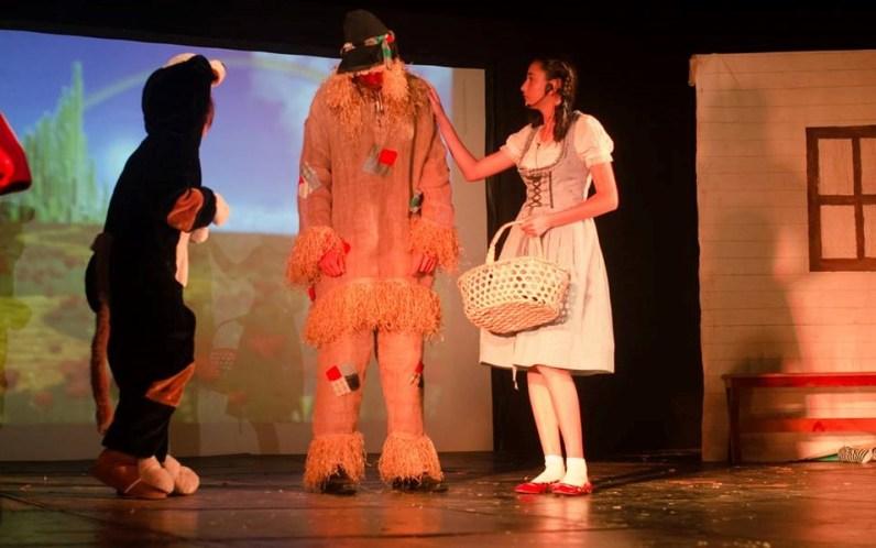 1462856 641758939207341 102175715 n - Alumnos de Antigua International School presentan obra teatral