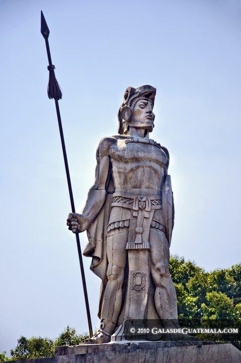 monumento tecun uman maynor marino mijangos - La verdad sobre Tecún Umán sigue en duda