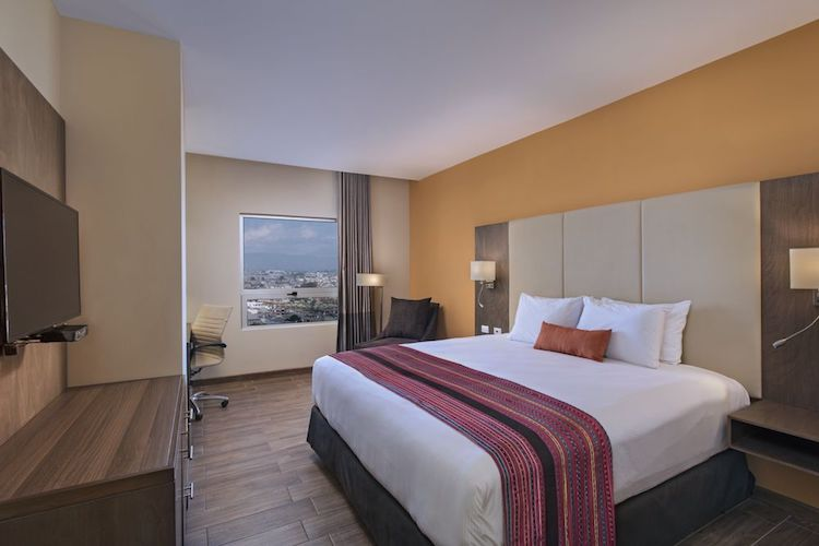 atam hotel plaza pradera quetzaltenango king - Primer hotel 5 estrellas en Quetzaltenango, Latam Hotel Plaza
