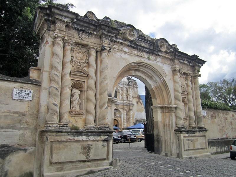 6373500325 227e78610e b 1024x768 - 9 Conventos en La Antigua Guatemala