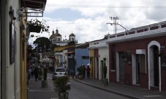 Así luce la nueva Calle Real de Mixco