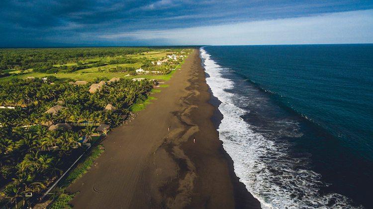 playa de monterrico santa rosa foto por guate photosfilms chejo ponce - 10 Playas de Guatemala que debes visitar