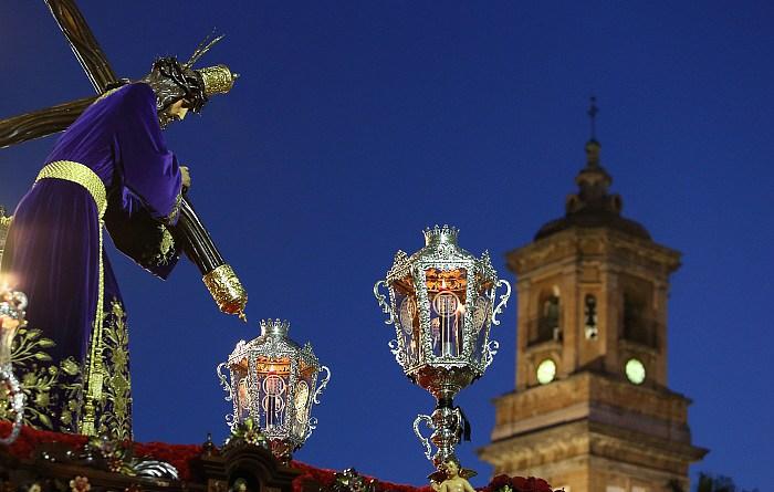 Las candidaturas del Nazareno marcan tendencia en Algeciras con sus paginas en Facebook