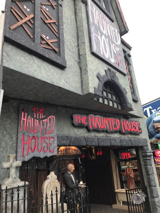 Clifton Hill Niagara Canada