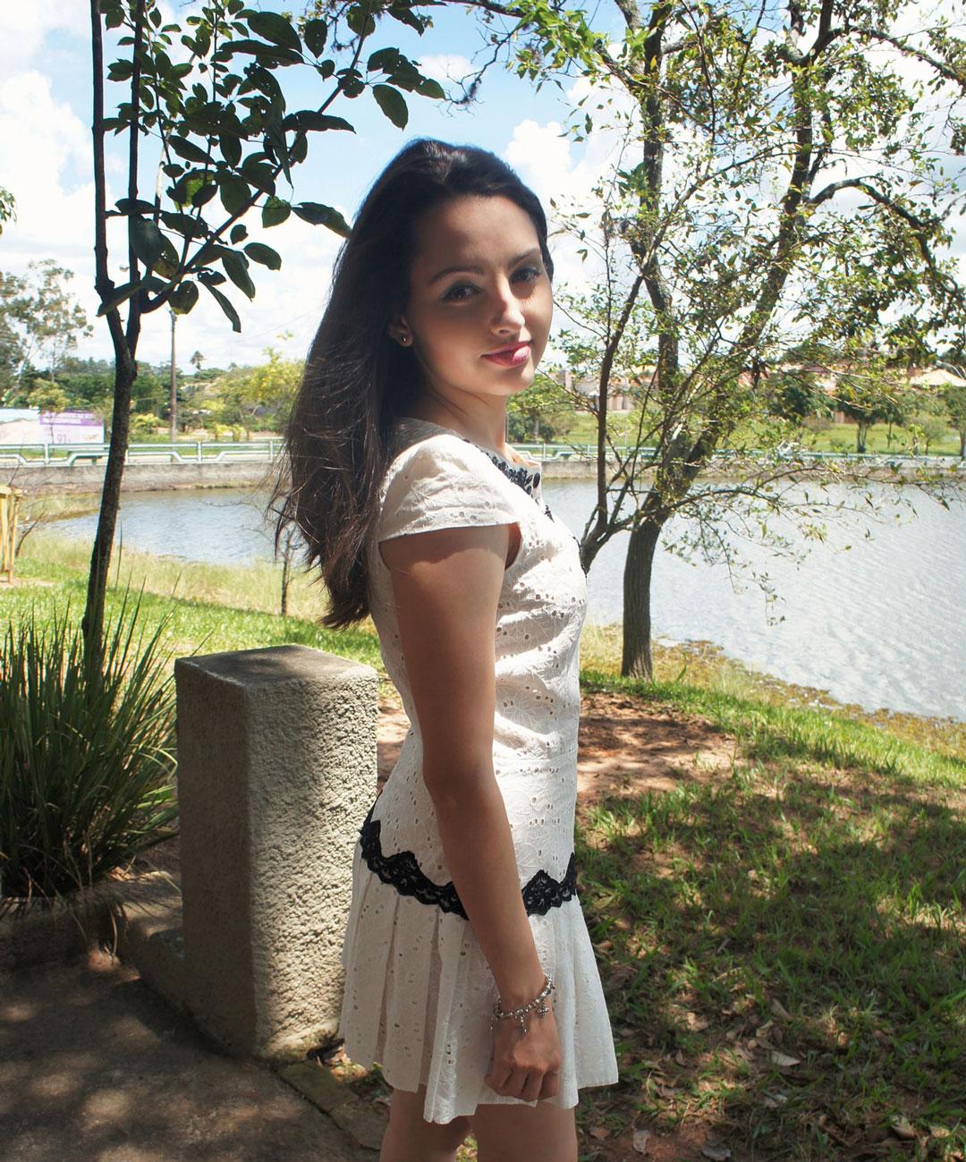 Look Vestido de Lese Branco