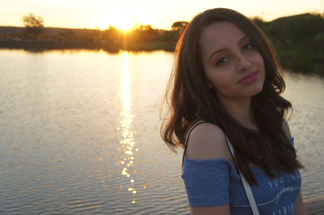 Look Azul e Branco Primavera Por do Sol