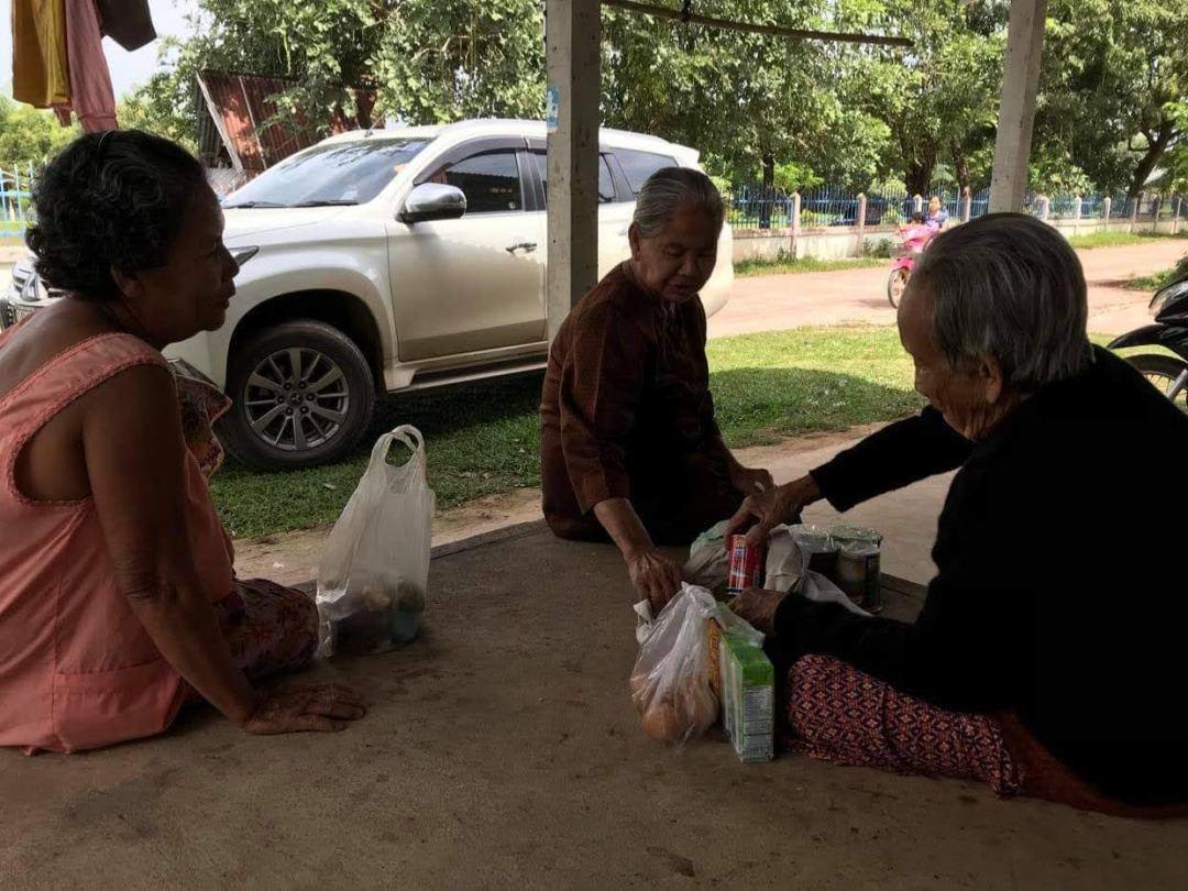 thailand adopt an elder program eating together