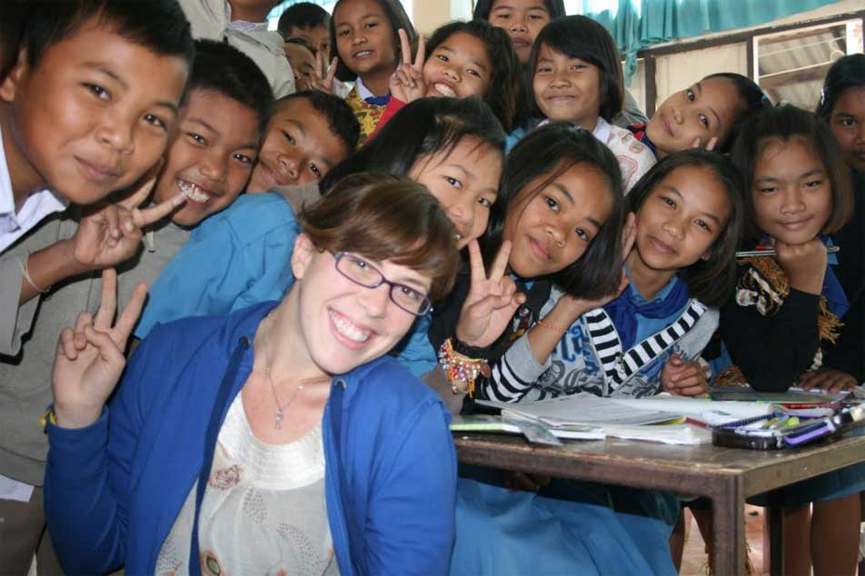 affordable volunteering Thailand teacher with students