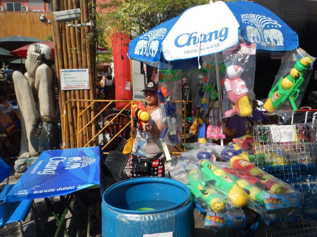 songkran water fights